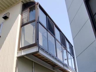 エクステリアリフォーム 洗濯物がよく乾く、2階ベランダ用囲い