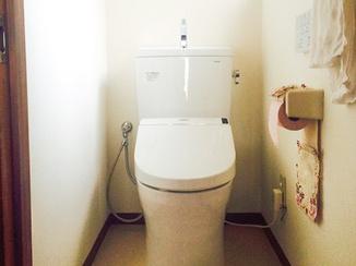 トイレリフォーム 20年越しに最新型へ!お掃除楽ちん節水トイレ
