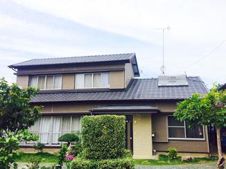 外壁・屋根リフォーム 老朽化した屋根を葺き替えて安心できる住宅に